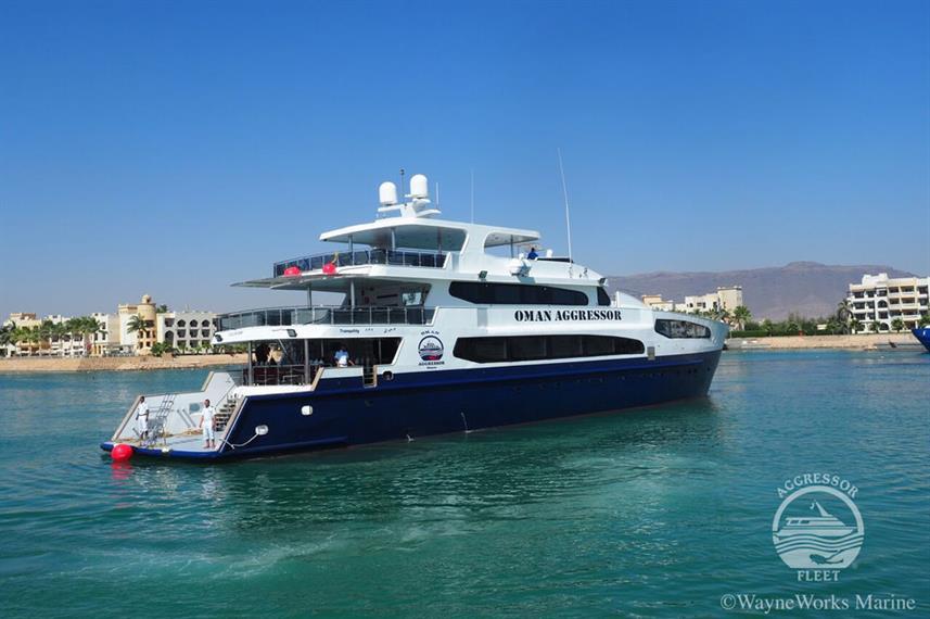 oman-yacht8w857h570crwidth857crheight570