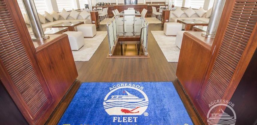 maldives-yacht7w857h570crwidth857crheigh