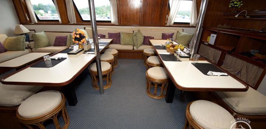 raja-yacht24w857h570crwidth857crheight57