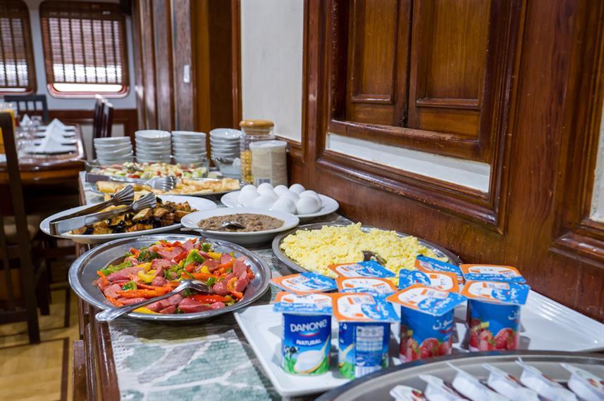 breakfast-buffet-2w857h570crwidth857crhe