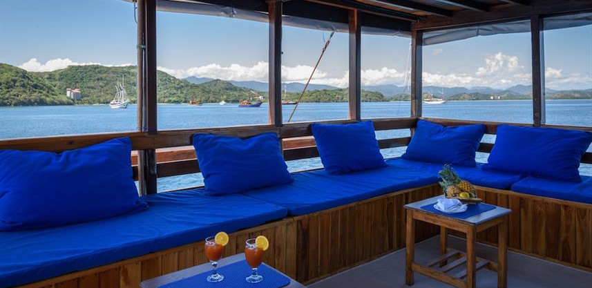 relaxing_deckw857h570crwidth857crheight5