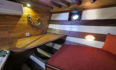 cabin4w857h570crwidth857crheight570.jpg