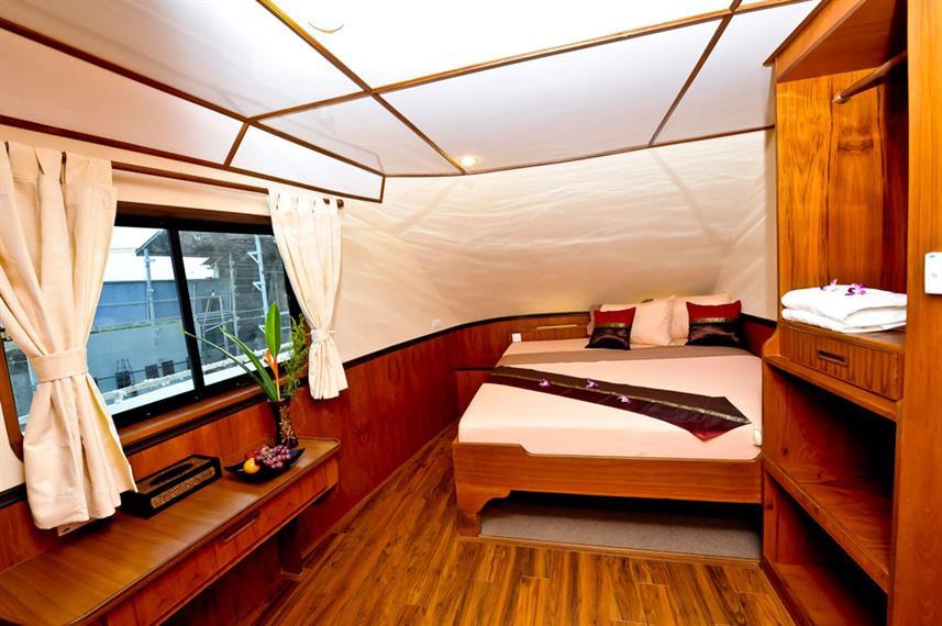 wm-en-suite-king-size-double-c3w857h570c