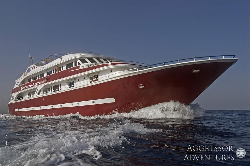 sa-yacht4w857h570crwidth857crheight570.j