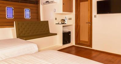 adora-liveaboard-maldives-standard-room2