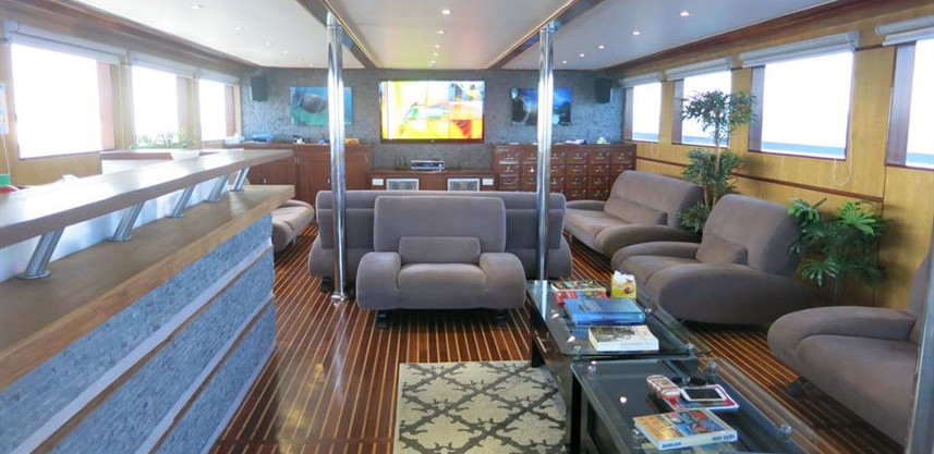 blue_voyager_sky_lounge_4_high_resw857h5