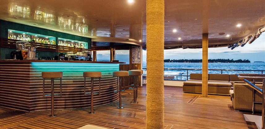 bar-lounge-areaw857h570crwidth857crheigh