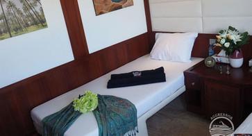 oman-yacht4w857h570crwidth857crheight570