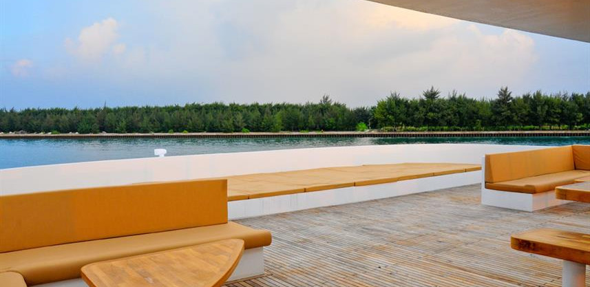 adora-liveaboard-maldives-sundeck2w857h5