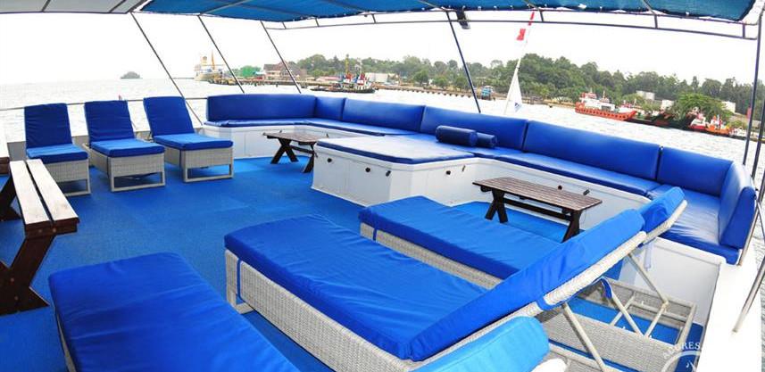 raja-yacht11w857h570crwidth857crheight57