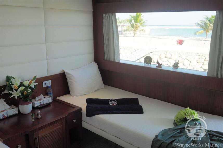 oman-yacht3w857h570crwidth857crheight570