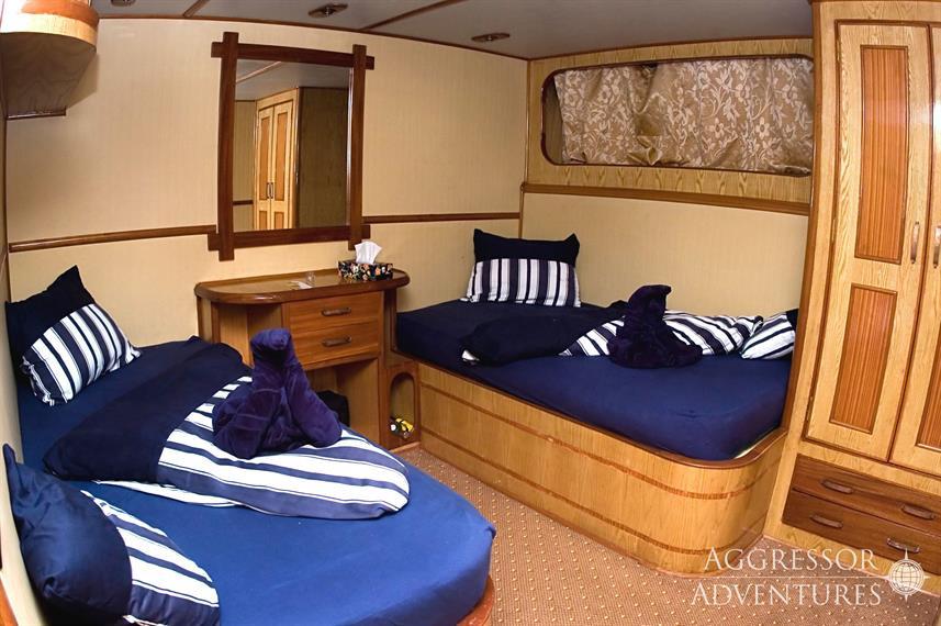 sa-yacht7w857h570crwidth857crheight570.j