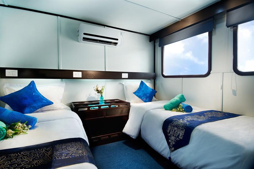 cabin_7_upper_deck_flexible_hrw857h570cr