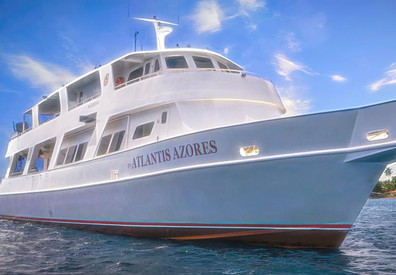 atlantis_azores_boat_mainw857h570crwidth