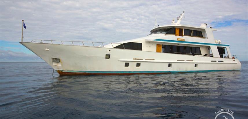 fiji-yacht9w857h570crwidth857crheight570