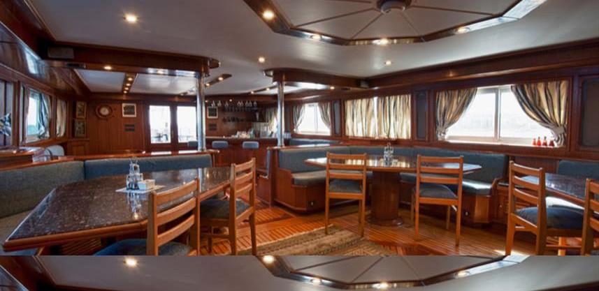 restaurantw857h570crwidth857crheight570.