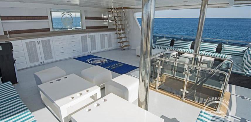 maldives-yacht10w857h570crwidth857crheig