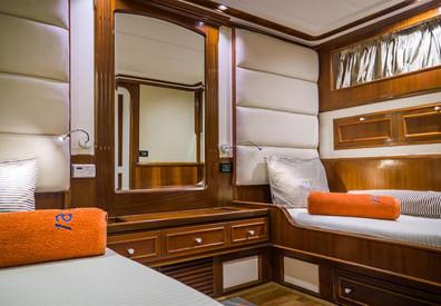 twin-cabin-4w857h570crwidth857crheight57
