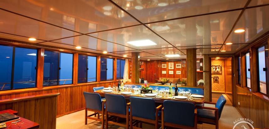fiji-yacht20w857h570crwidth857crheight57