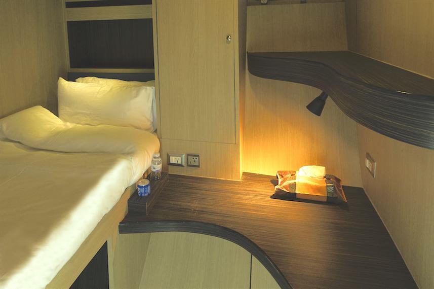 Cabin12SGLBedw857h570crwidth857crheight5