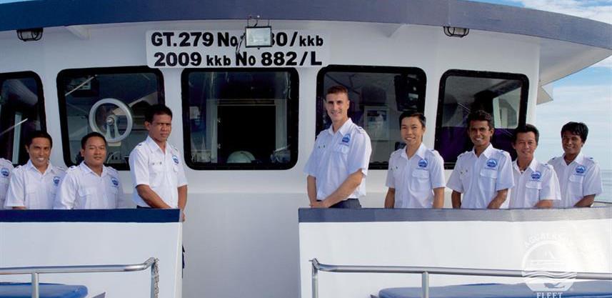 raja-yacht32w857h570crwidth857crheight57