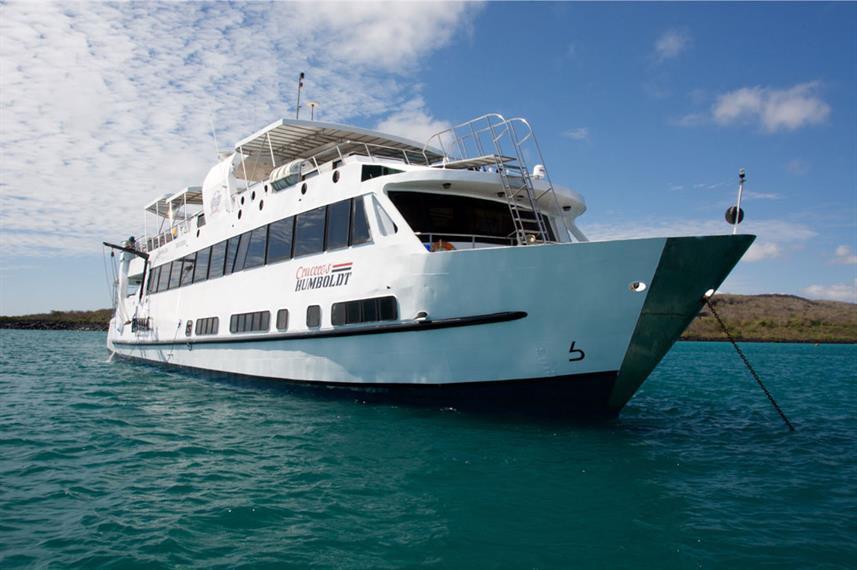 vessel-bow-humboldt-explorer-galapagos-e