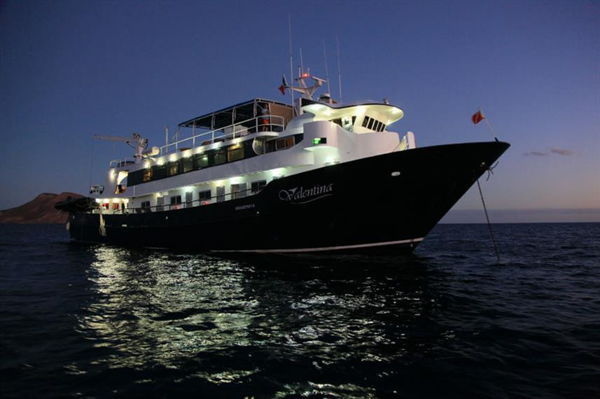 Valentina-Socorro-Sea-of-Cortez-liveaboa