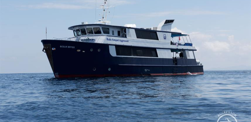 raja-yacht25w857h570crwidth857crheight57