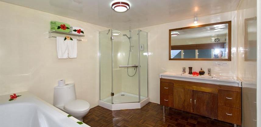 suite-cabin-vip-bathroom-01w857h570crwid