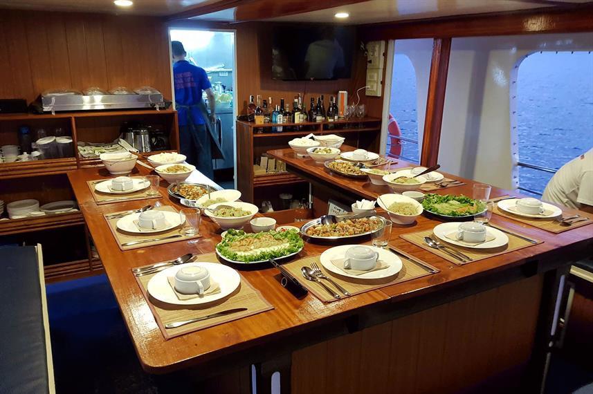 dining-roomw857h570crwidth857crheight570