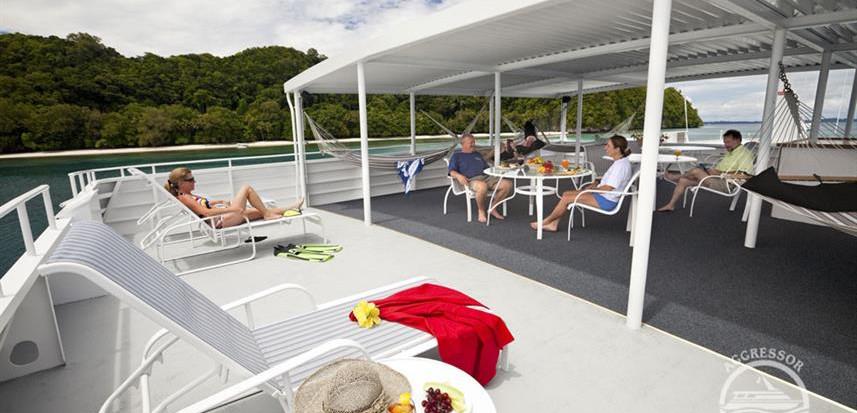 rockisland-yacht20w857h570crwidth857crhe