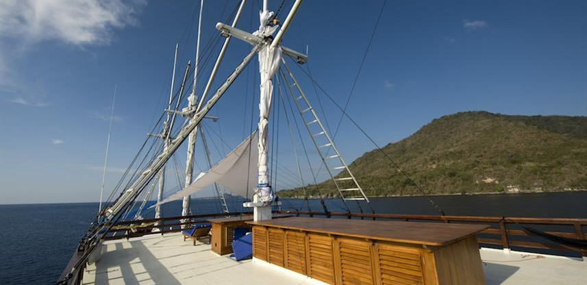 amira-sundeck-by-andreas-muellerw857h570