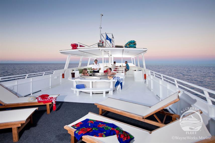 turkscaicos-yacht14w857h570crwidth857crh