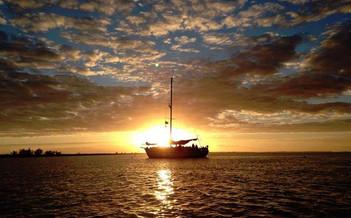 blackbeard-sunset1w857h570crwidth857crhe