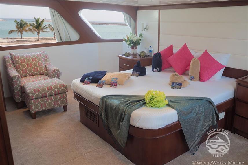 oman-yacht1w857h570crwidth857crheight570