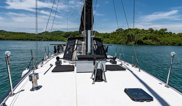 foredeck-looking-aftw857h570crwidth857cr