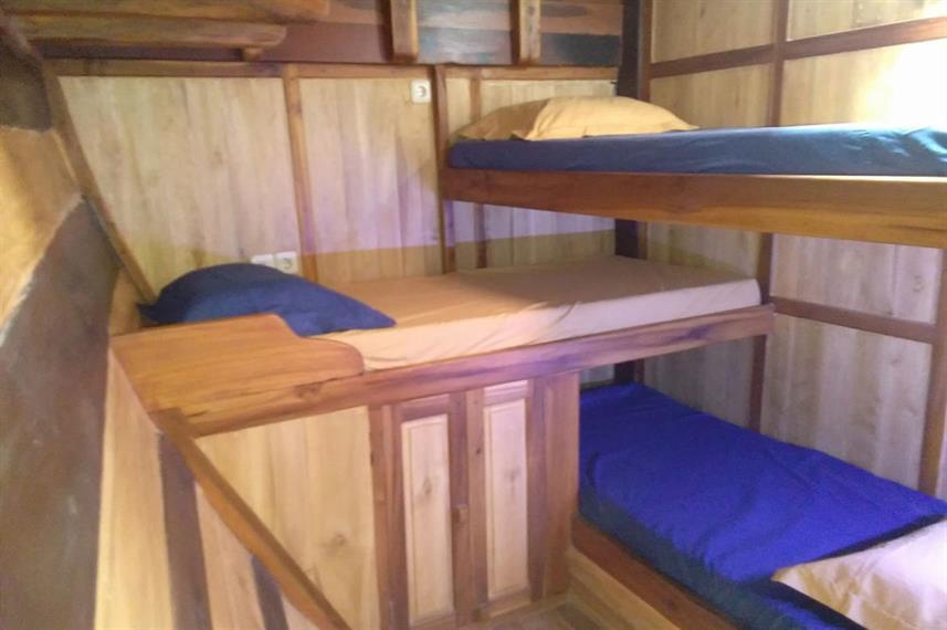 djl-cabin-triplew857h570crwidth857crheig