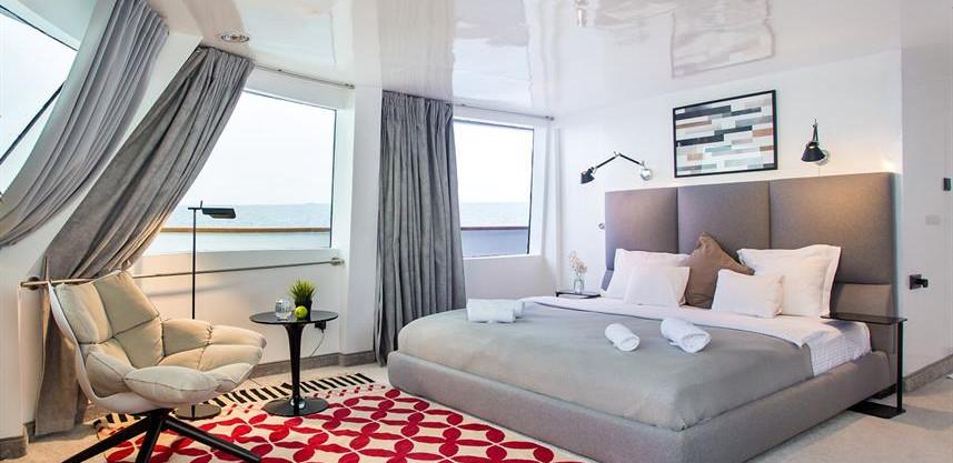 maldives-super-yacht-azalea-cruise-3w857