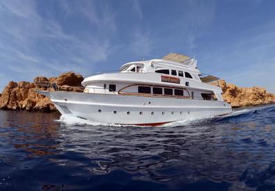 sailingw857h570crwidth857crheight570.jpg