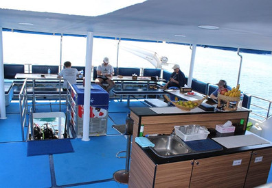 dining-deck-3w857h570crwidth857crheight5
