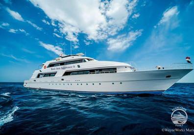 yacht-rsaii4w857h570crwidth857crheight57