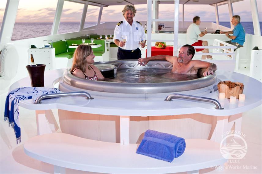 turkscaicos-yacht16w857h570crwidth857crh