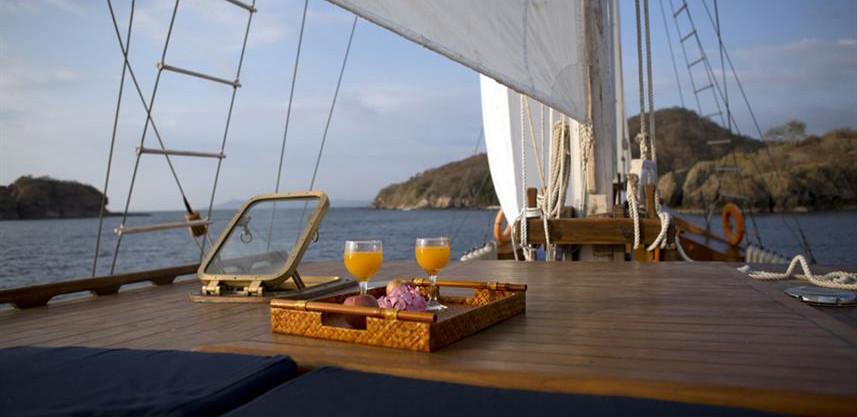 afternoon-drinkw857h570crwidth857crheigh