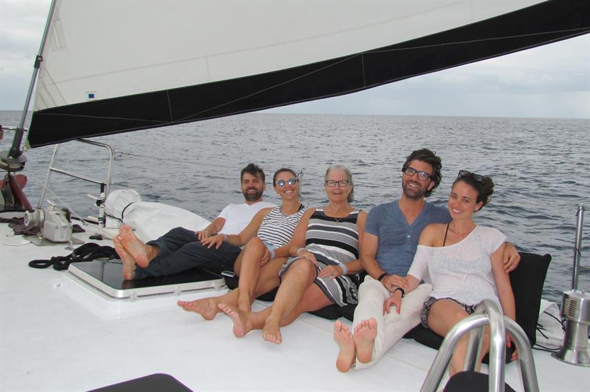 sailing-nirvanaw857h570crwidth857crheigh