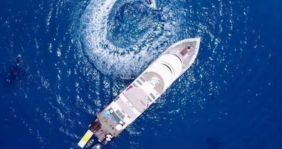 maldives-super-yacht-azalea-cruise-38w85