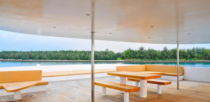 adora-liveaboard-maldives-sundeckw857h57