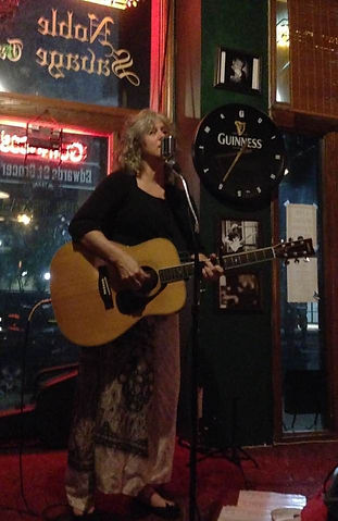 Singer/songwriter Amelia Blake performing live at the Noble Savage in downtow Shreveport, Louisiana