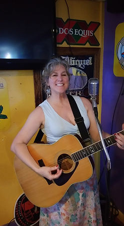 Playing solo at Tacomana in Shreveport