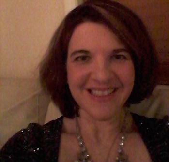 Lori professional photo1.jpg