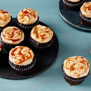 salted-caramel-buttercream-01-7000185_preview.jpg